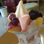 【HATAKE Cafe(ハタケカフェ) 】果樹園の真ん中で食べるフルーツパフェが超絶おすすめ!